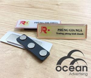 công dụng của thẻ tên nhân viên mica