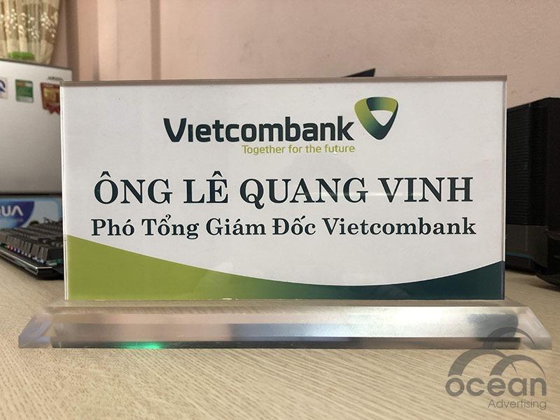 biển chức danh mica VCB